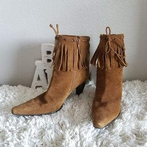 NINE WEST TAN SUEDE FRINGE ANKLE BOOTIE SIZE 8 M